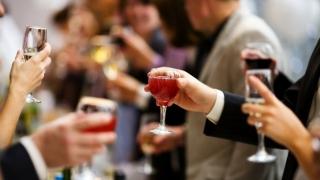 9 estrategias clave para sobrevivir a las reuniones festivas